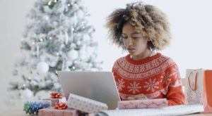 Image for Yuletide eLearning Distractions: 8 Tips To Keep Your Corporate Learners Focused During The Holidays